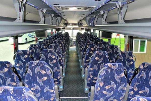 40-person-charter-bus-clinton