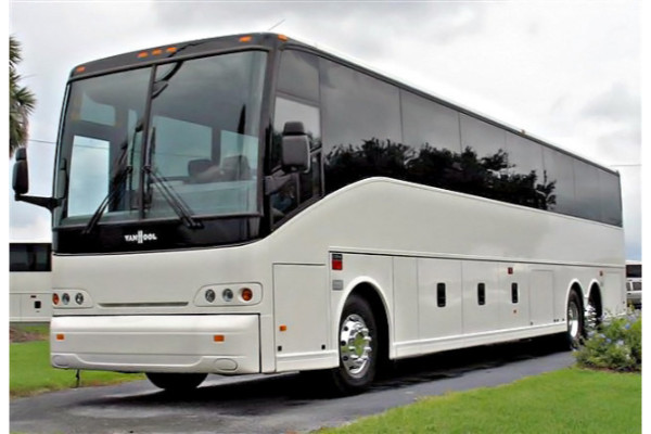 50-passenger-charter-bus-oxford